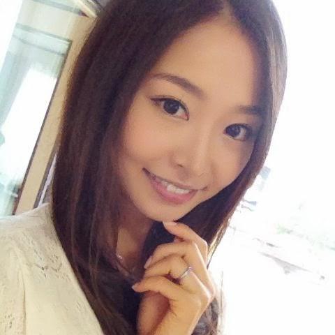 Iroha Natsume is