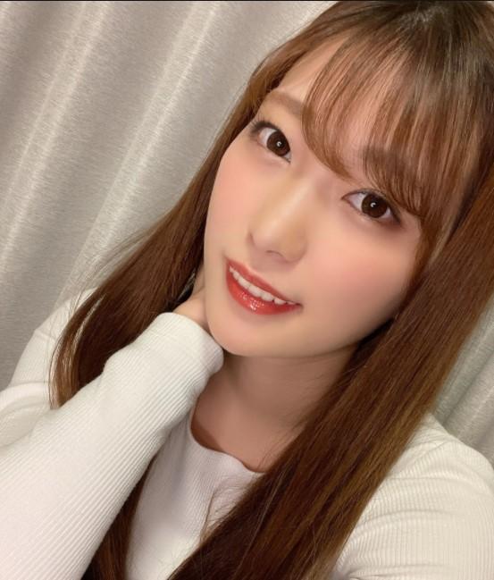Mitani Akari is