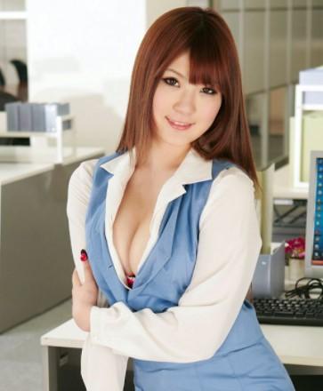Momoka Nishina is